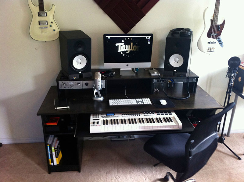 18 Diy Studio Desk Plans And Ideas Thehomeroute